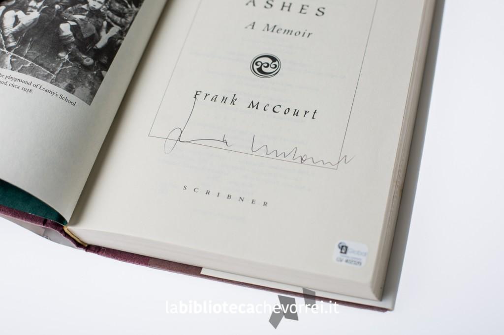 """Autografo di Frank McCourt sulla prima edizione di """"Angela's Ashes""""."""