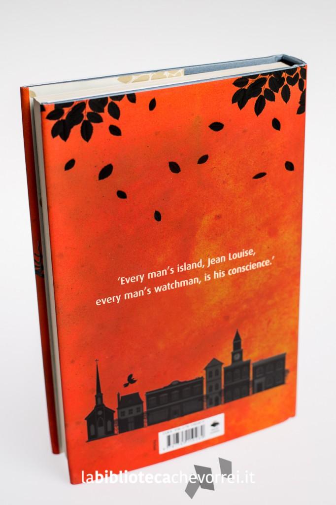 """Retro della copertina della prima edizione del libro di Harper Lee """"Go set a watchman""""."""
