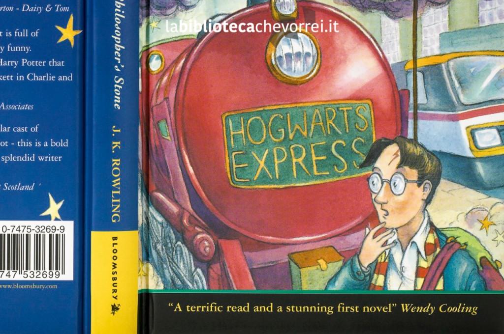 Dettaglio della copertina della prima edizione di Harry Potter.