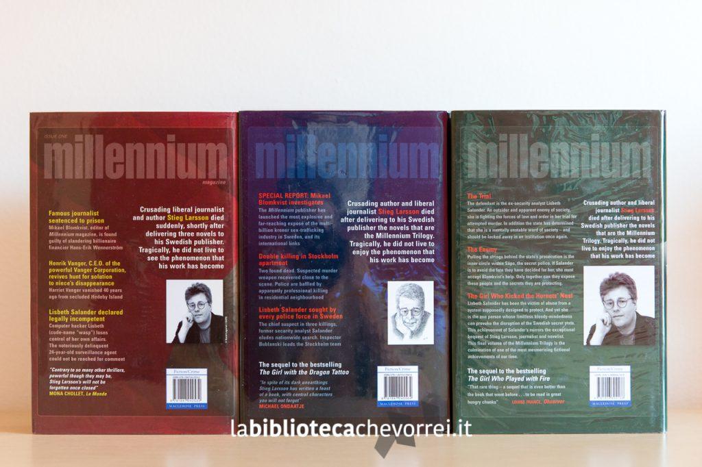 Il retro delle copertine originali della prima edizione inglese della trilogia di Millenium scritto da Stieg Larsson.