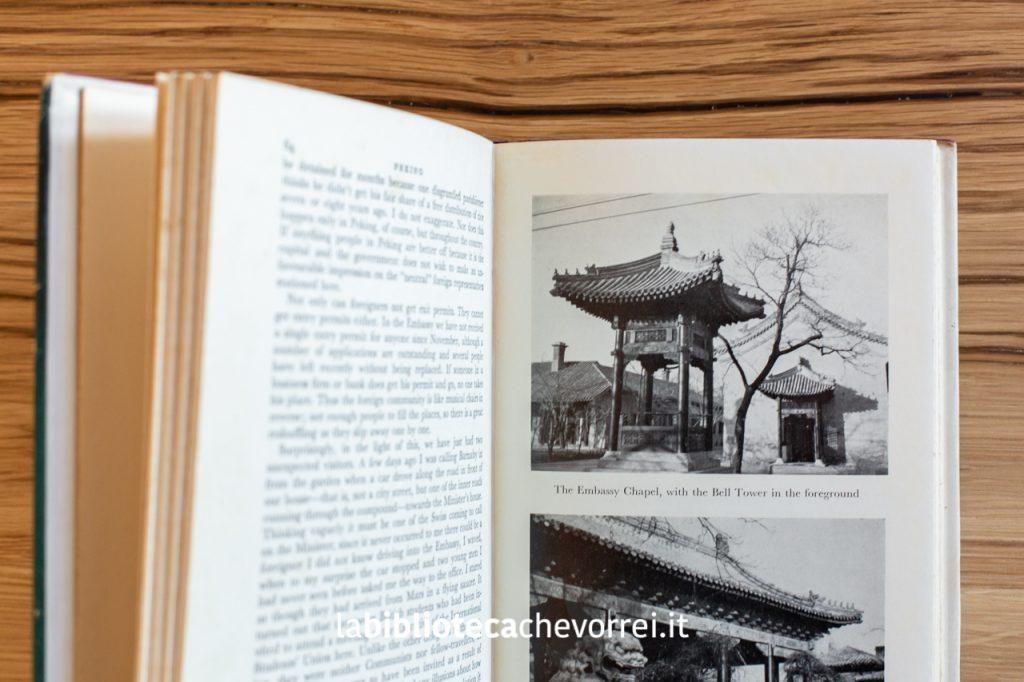 Inserto fotografico presente all'interno del libro Peking di Peter Lum.