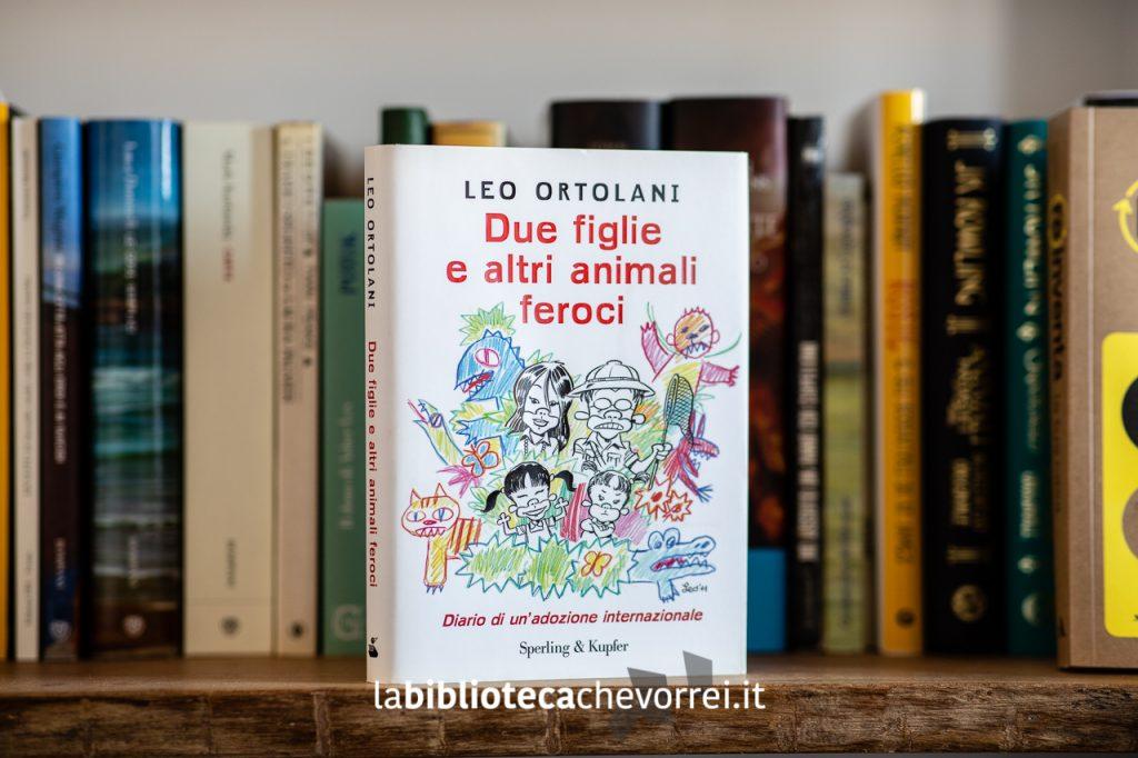 """La copertina prima edizione del libro di Leo Ortolani """"Due figlie e altri animali feroci"""", Sperling & Kupfer, 2011."""