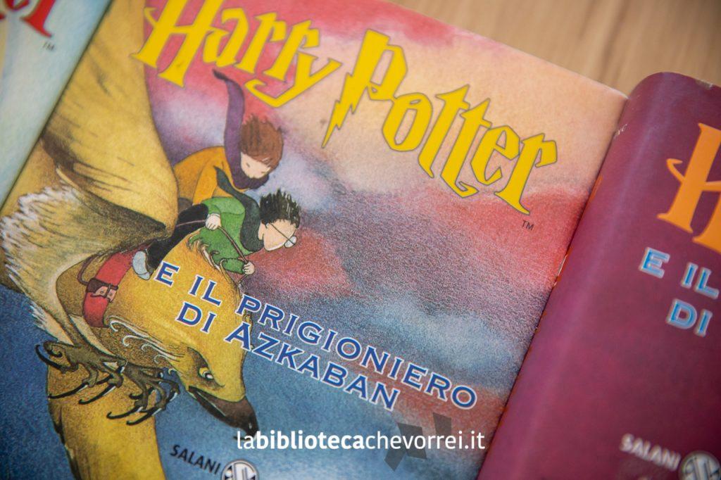 """La copertina del terzo volume della saga di Harry Potter di J.K. Rowling: """"Harry Potter e il prigioniero di Azkaban""""."""