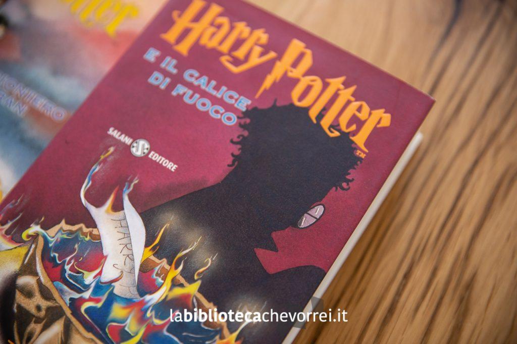"""La copertina del quarto volume della saga di Harry Potter di J.K. Rowling: """"Harry Potter e il calice di fuoco""""."""