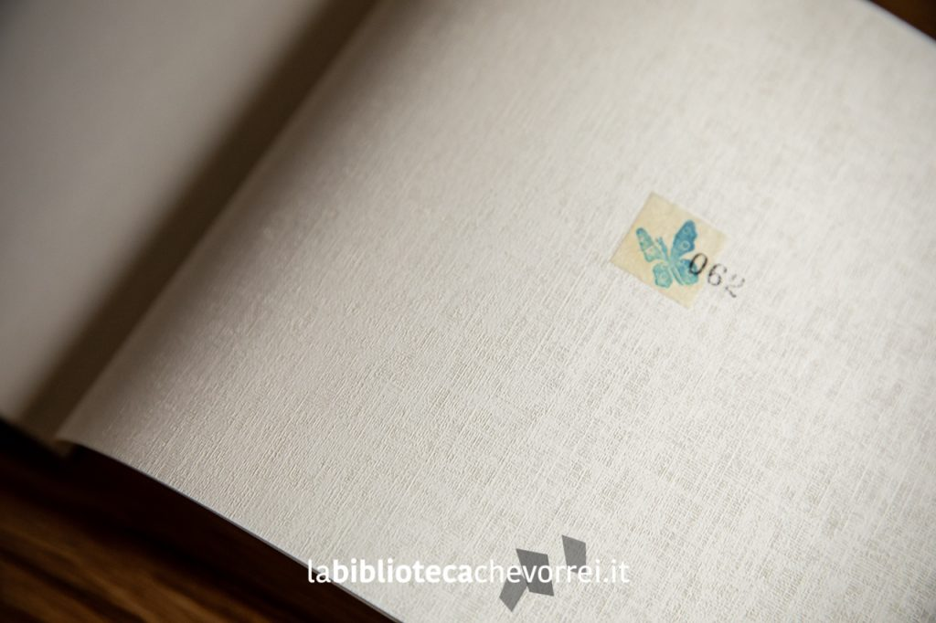 Far away di An Soojin. ©somebooks 2011. Esemplare n. 62.