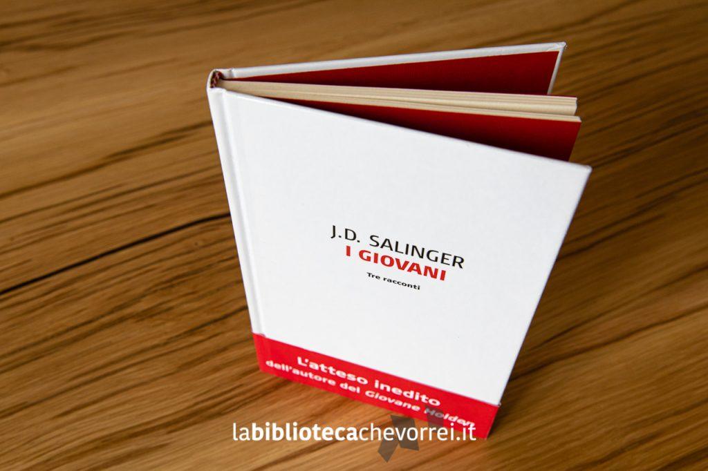 """La copertina del libro di J.D. Salinger """"I giovani. Tre racconti."""" Pubblicato in Italia nel 2015 e mandato al macero nel 2017."""