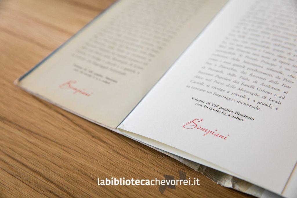 Alette interne del volume a confronto: stesso carattere tipografico, stesso testo e stessa impaginazione.