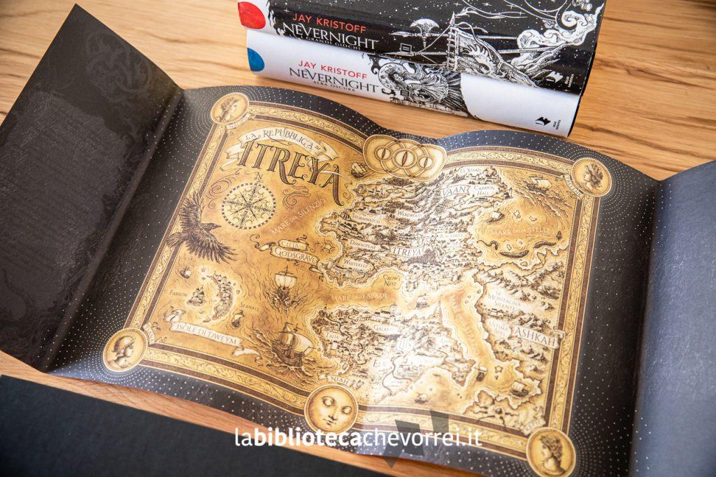 La mappa dietro la sovraccoperta del primo volume della trilogia.