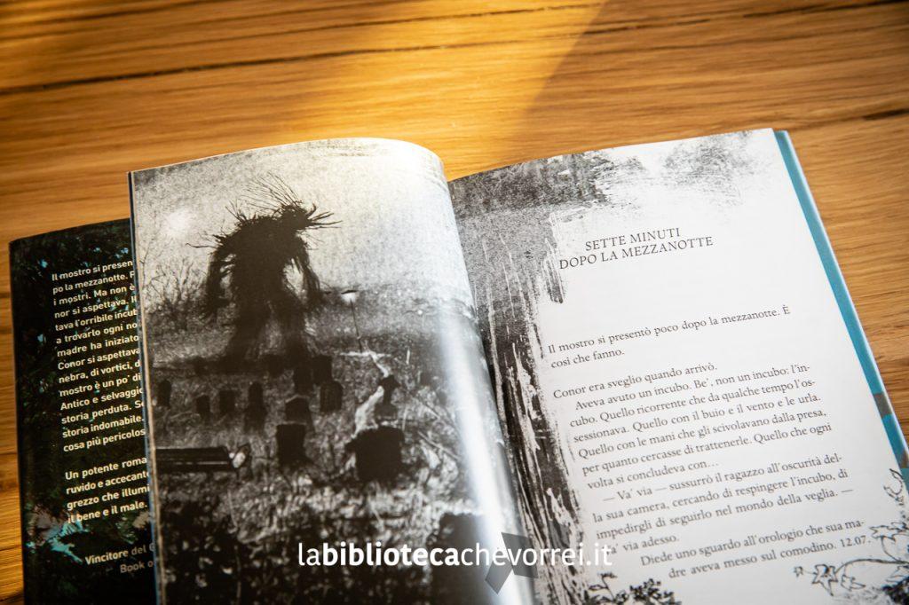 Bellissime illustrazioni in bianco e nero di Jim Kay all'interno della prima edizione del libro di Patrick Ness.