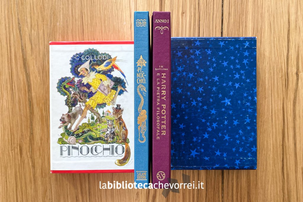 I dorsi delle edizioni speciali in 1.500 esemplari di Pinocchio e Harry Potter per festeggiare i 140 anni della casa editrice Salani nel 2002.