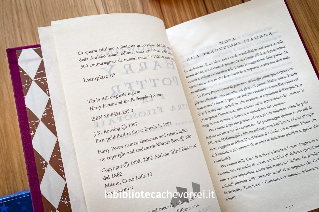 Pagina con indicato il numero dell'esemplare. Le prime 300 copie hanno la numerazione romana, le restanti 1.200 numeri arabi.