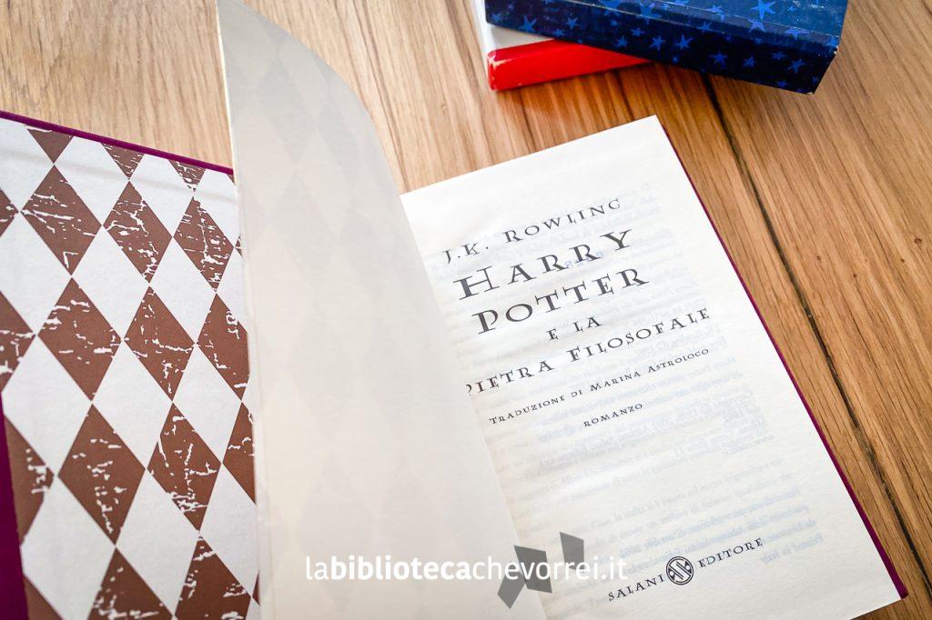 Frontespizio di Harry Potter e la pietra filosofale, edizione speciale numerata per i 140 anni della casa editrice Salani.