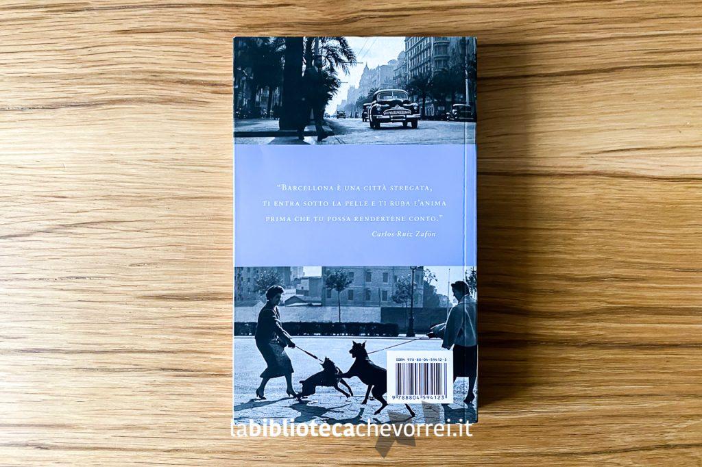 """Retro della """"Guida alla Barcellona di Carlos Ruiz Zafón"""". 1a edizione, Mondadori, 2009."""