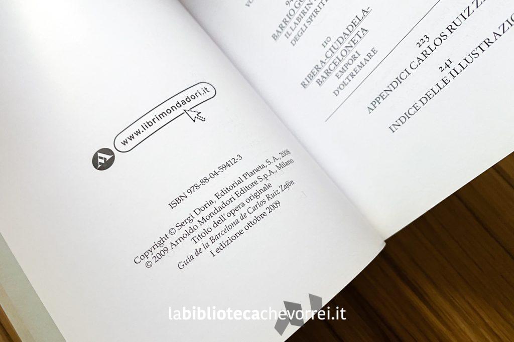 """Pagina dei crediti del volume """"Guida alla Barcellona di Carlos Ruiz Zafón"""". 1a edizione, Mondadori, 2009."""