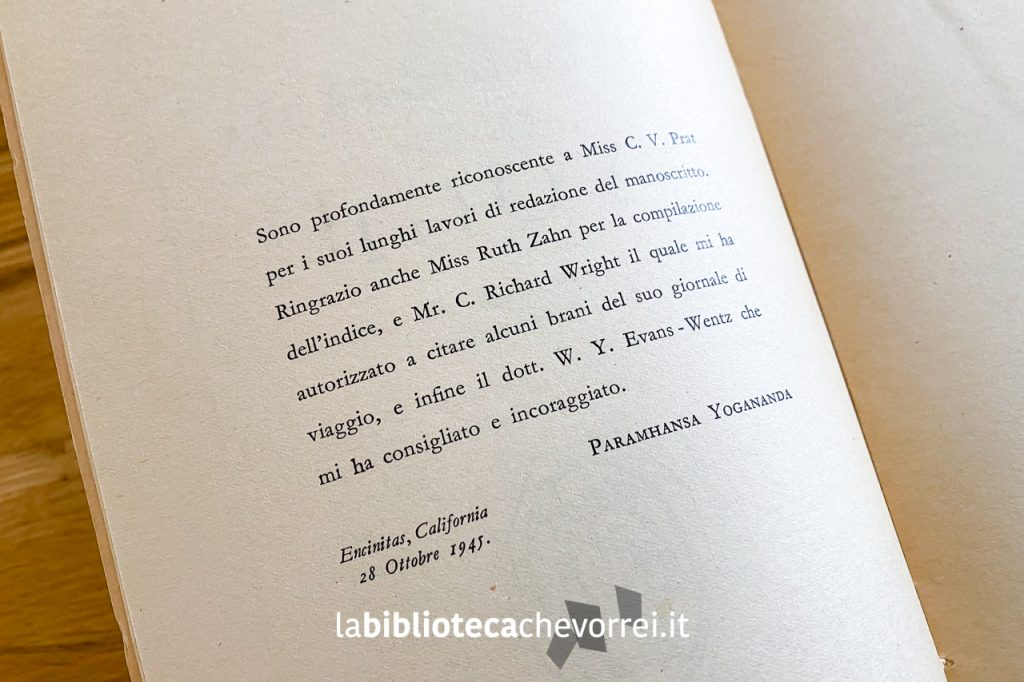 """Pagina interna con i ringraziamenti di Paramhansa Yogananda nella prima edizione italiana di """"Autobiografia di uno yogi"""", Roma Astrolabio, 1951."""