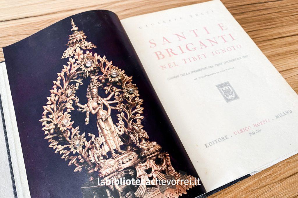 """Frontespizio con carta velina del volume """"Santi e briganti nel Tibet ignoto"""". Editore Ulrico Hoepli."""
